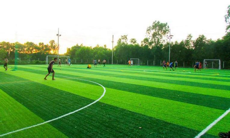 Danh sách sân bóng đá mini